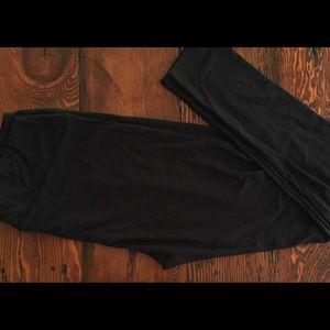 NWT LuLaRoe Plus Size TC2 Solid Black Leggings